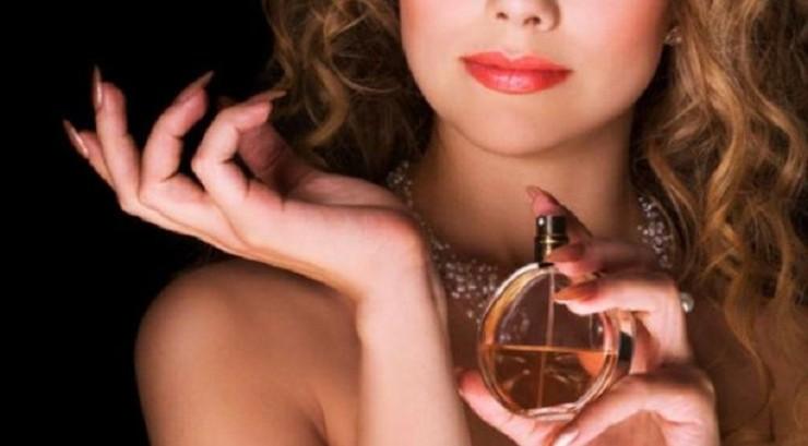 perfume-playgirl